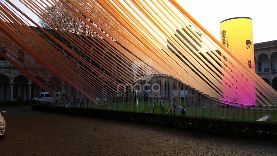 installazione-statale-ETFE-fuori-salone